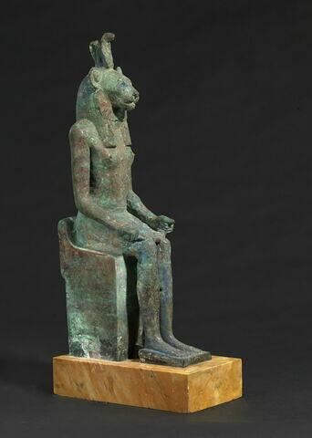 figurine ; statue