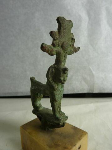 figurine ; enseigne divine