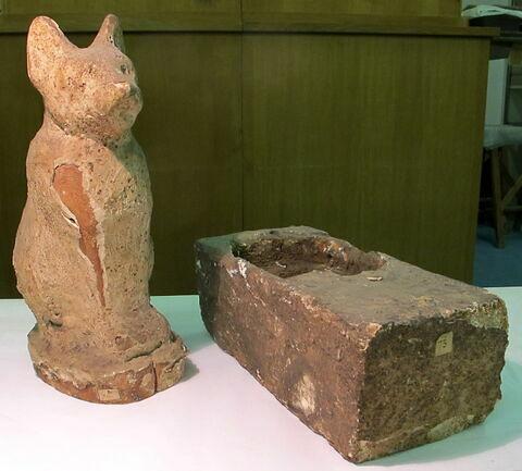 sarcophage de chat