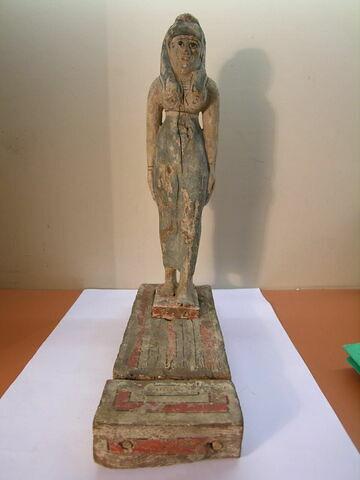 statue ; figurine
