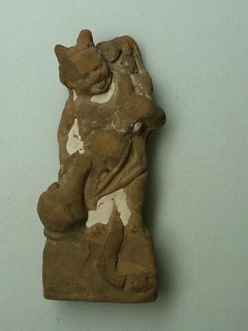 figurine d'Harpocrate phallique  ; figurine d'Harpocrate portant son image