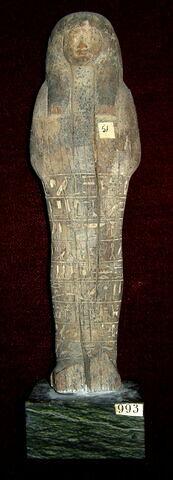 serviteur funéraire momiforme mains cachées