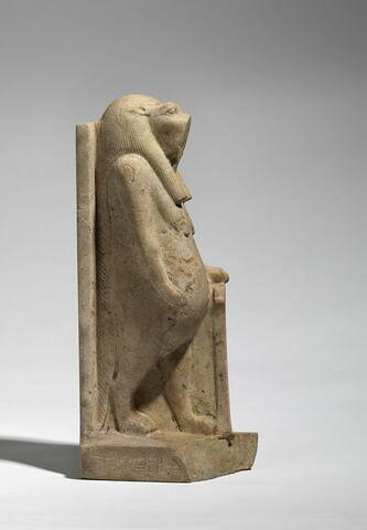 vue d'ensemble ; profil droit © 2012 Musée du Louvre / Christian Décamps