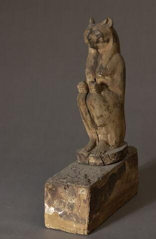 sarcophage d'animal ; statue