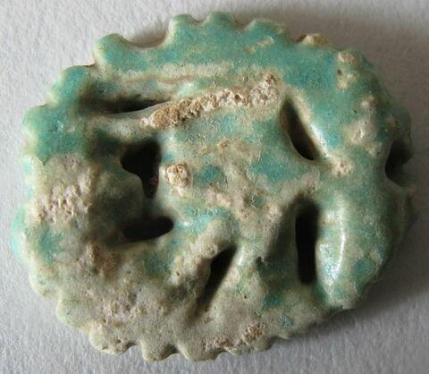 amulette oudjat circonscrit ajouré ; amulette