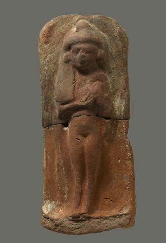 figurine féminine couchée