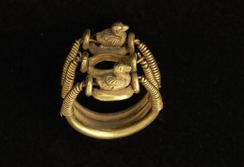 bague en anneau à extrémités enroulées ; bague en anneau triple ; Bague aux canards de Ramsès IV