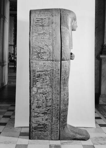 vue d'ensemble ; profil droit © 1980 Musée du Louvre / Maurice et Pierre Chuzeville