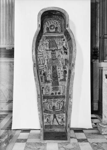 vue d'ensemble ; vue intérieure ; face, recto, avers, avant © 1980 Musée du Louvre / Maurice et Pierre Chuzeville