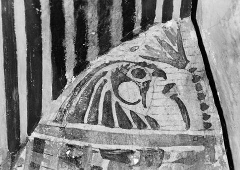 détail ; vue extérieure ; partie supérieure ; profil gauche © 1980 Musée du Louvre / Maurice et Pierre Chuzeville