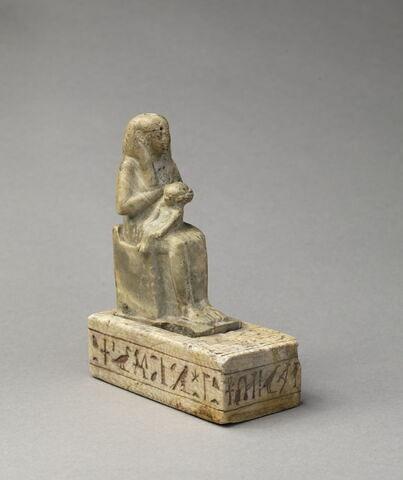 figurine d'Isis allaitant ; statue