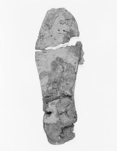 chaussure d'adulte ; chaussure gauche ; sandale