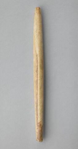 instrument de tissage filature ou couture ; fuseau