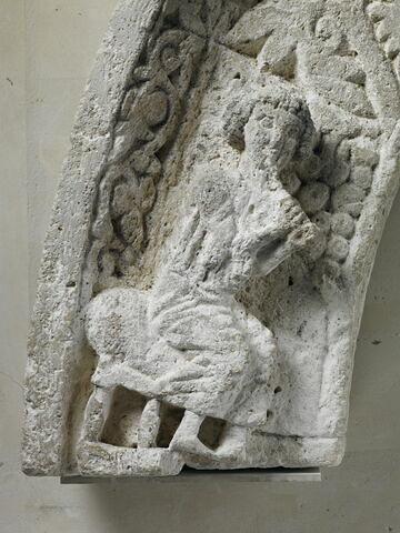 partie droite ; détail © 2013 Musée du Louvre / Thierry Ollivier
