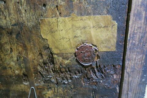 détail étiquette ; détail cachet ; dos, verso, revers, arrière © 2018 Musée du Louvre / Peintures
