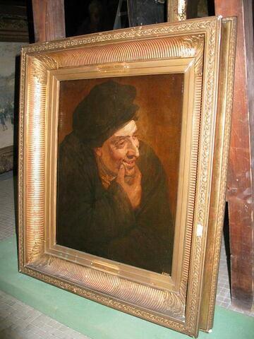 Portrait d'homme souriant