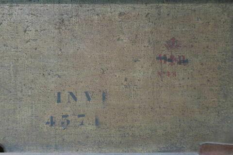 détail marquage / immatriculation ; détail marque au pochoir ; dos, verso, revers, arrière © 2020 Musée du Louvre / Peintures