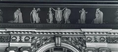 vue d'ensemble ; vue de dessous © 1966 RMN-Grand Palais (musée du Louvre)