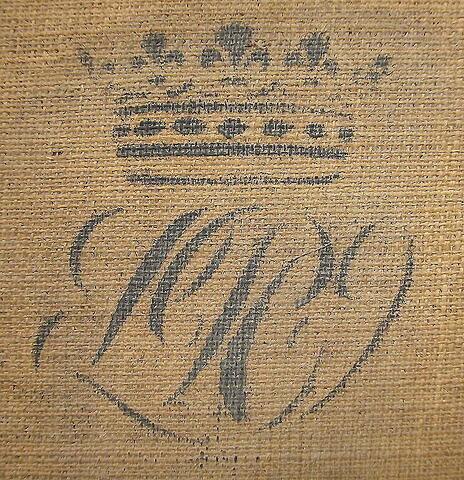 dos, verso, revers, arrière ; détail marquage / immatriculation © 2005 Musée du Louvre / Peintures