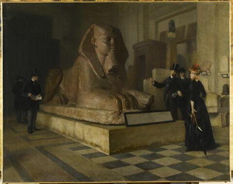 Salle égyptienne du Louvre devant le grand sphinx