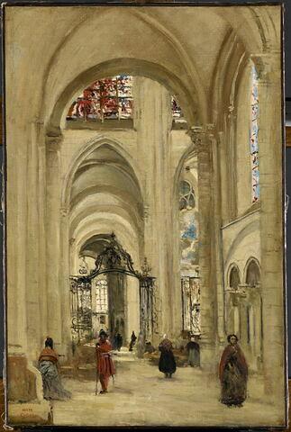 Vue de l'intérieur de la cathédrale de Sens.