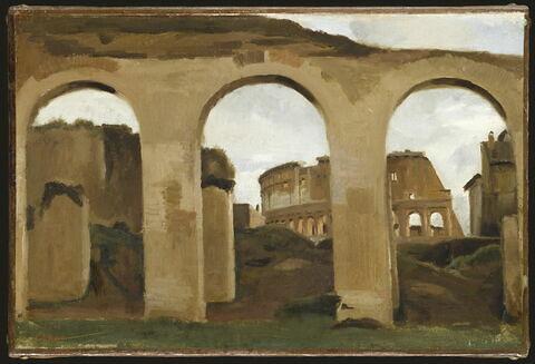 Le Colisée, vu à travers les arcades de la basilique de Constantin.