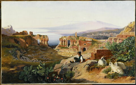 Vue de Taormine en Sicile avec l'Etna dans le lointain