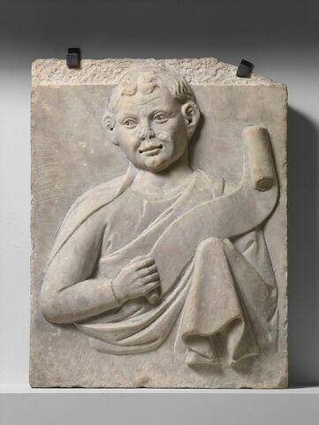 Prophète ou apôtre imberbe de face, tenant un phylactère dans sa main droite