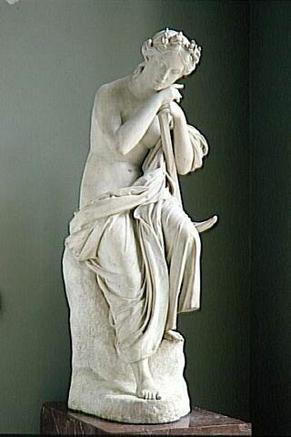 vue d'ensemble ; trois quarts © 1994 RMN-Grand Palais (musée du Louvre) / René-Gabriel Ojéda
