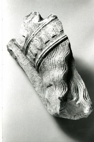 © 2001 Musée du Louvre / Sculptures du Moyen Age, de la Renaissance et des temps modernes