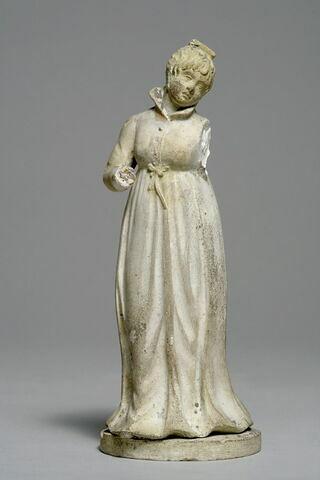 Femme en robe empire
