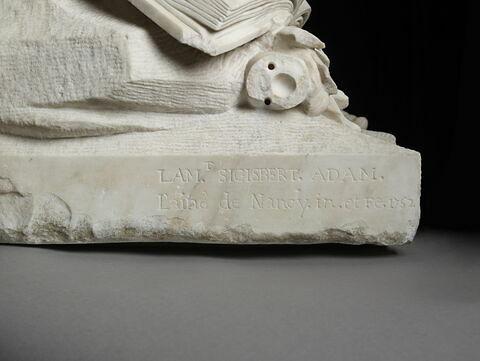 détail inscription © 2020 Musée du Louvre / Thierry Ollivier