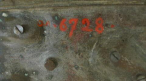 dessous ; détail marquage / immatriculation © 2019 Musée du Louvre / Sculptures du Moyen Age, de la Renaissance et des temps modernes
