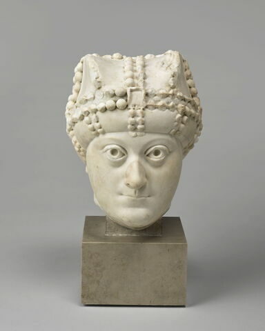 Tête de l'impératrice byzantine Ariane (474-515) ?