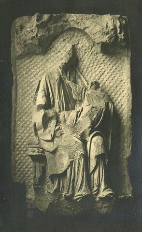 La Vierge assise et l'Enfant présentés sous un dais