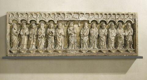 La Vierge et l'Enfant entre les douze apôtres