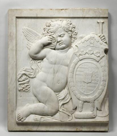 Génie funéraire soutenant les armoiries de Charles II de La Vieuville