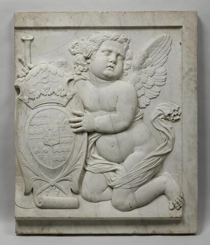 Génie funéraire soutenant les armoiries de Françoise-Marie de de Vienne