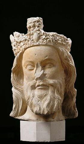 Tête de Christ couronné