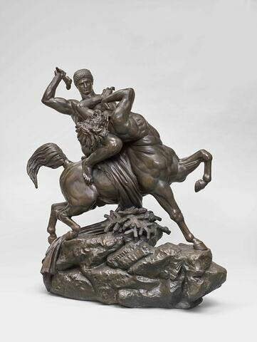 Thésée combattant le centaure Biénor