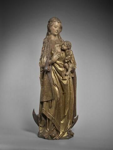La Vierge allaitant l'Enfant sur le croissant de lune