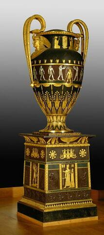 Piédestal du vase égyptien LP 3275.