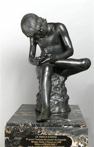 Statuette : Spinario