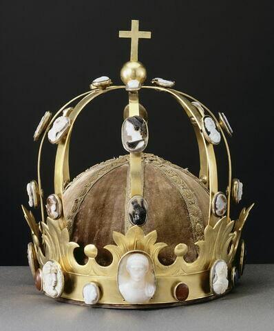 """Couronne aux camées, dite """"couronne de Charlemagne"""""""