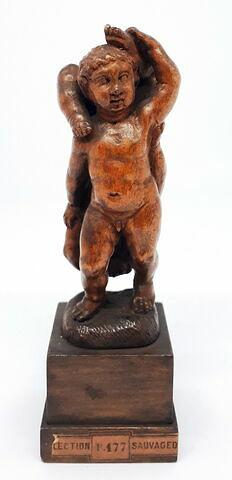 Groupe sculpté : deux enfants nus
