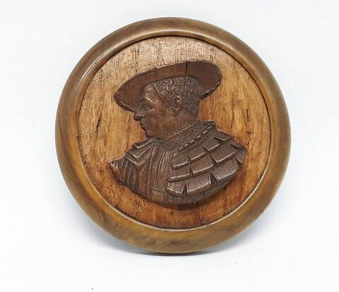 Médaillon encadré : buste d'homme de profil