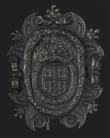 Plaque supérieure de heurtoir ovale, en fer estampé