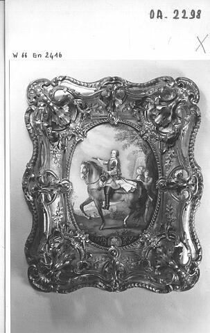 Portrait de Louis XV encadré
