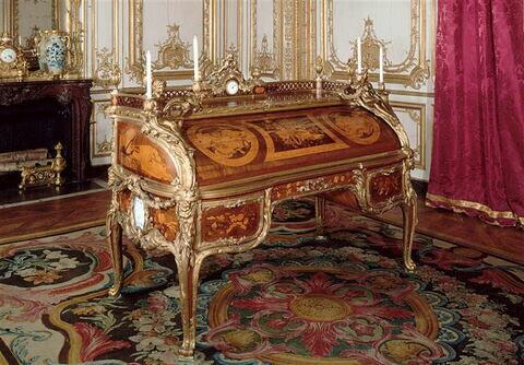Secrétaire à cylindre du Cabinet Intérieur de Louis XV à Versailles