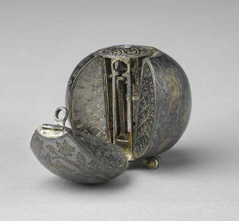Pomme-reliquaire